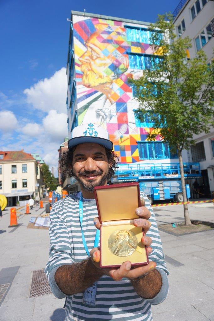 kobra-mostra-medalha-de-Alfred-Nobel