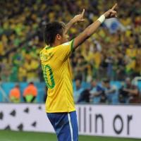Neymar com a dez
